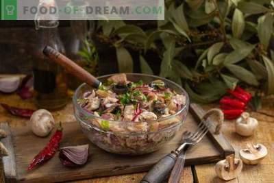 Toitev sealiha ja seene salat maalähedases stiilis