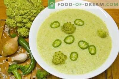 Lean broccoli ja romanesco koor supp