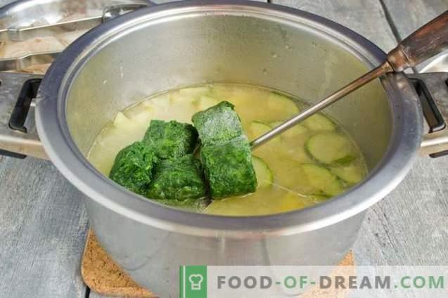Groene spinaziesoepen