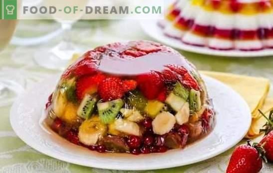 Jelly on puuviljadega kerge ja värvikas. Algsed puuvilja-, piima- ja hapukooremarjad retseptid