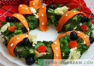 Christmas salads - proven recipes. How to cook Christmas salads.