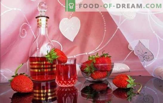 Kuidas teha omatehtud maasikaveini? Romantiline ja lõhnav marja maasikatees valmistatud veiniretseptides