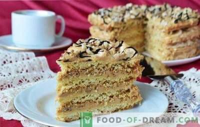 Песочна торта - рецепти за трошни десерти. Едноставни и интересни рецепти за песок колачи со крем, џем, урда