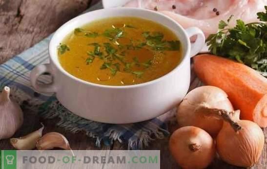 Il brodo di pollo trasparente è la base di zuppe deliziose e belle. Come alleggerire il brodo di pollo e carne a casa