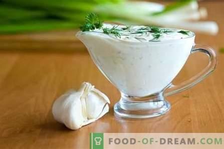 Bela omaka - najboljši recepti. Kako pravilno in slastno pripraviti belo omako.