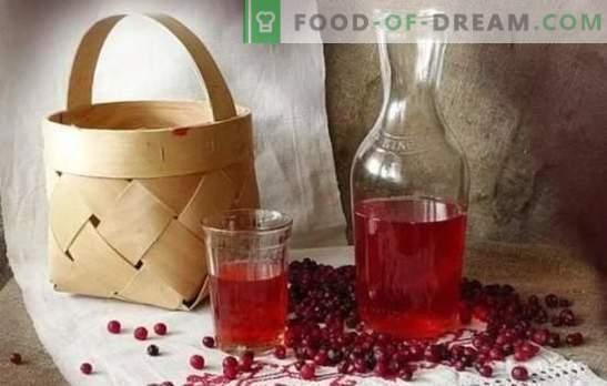 Lingonberry tinktuur kodus: toiduvalmistamise saladused. Kodune maitsev liköör, viina, viina, alkohol, konjak