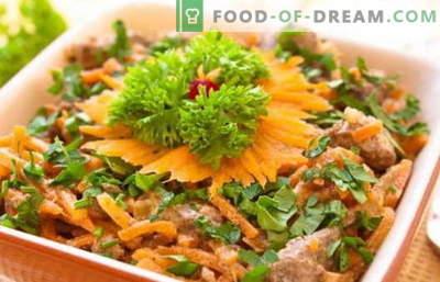 Kana maksa salat - tõestatud retseptid. Kuidas õigesti ja maitsvalt valmistada kanamaksa salatit.