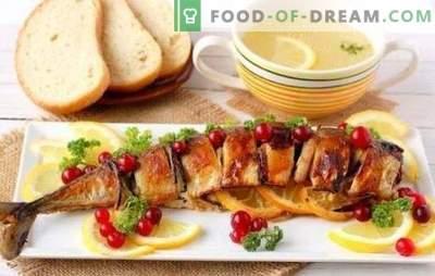Cytrynowa makrela to aromatyczna ryba na obiad. Makrela w piekarniku z cytryną, w folii z cytryną, pieczona całość - wiele opcji