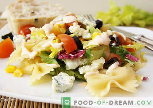 Oliividega salat - viis parimat retsepti. Kuidas õigesti ja maitsvalt valmistada oliividega salatit.