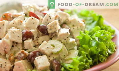 Salad with chicken and grapes - the best recipes. How to properly and tasty to prepare a chicken salad with grapes.