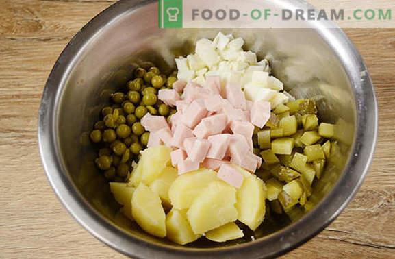 Olivier: kõige populaarsem salat puhkuse laual! Klassikaline salat Olivier: samm-sammult foto retsept autori saladustega, et parandada tassi maitset