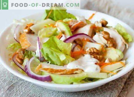 Kūpinātas vistas salāti - labākās receptes. Kā pareizi un garšīgi pagatavoti salāti ar kūpinātu vistu.