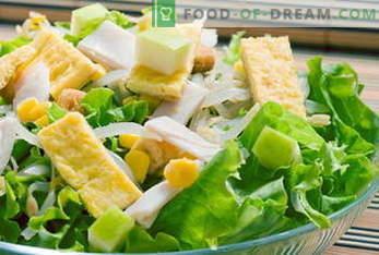 Salatite retseptid. Salat mimosa, Caesar, Kreeka, kana, krabi ...