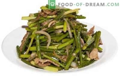 Praetud küüslaugu nooled - maitsega retseptid! Erinevad praetud küüslaugu nooled, köögiviljade, munade, liha, seente retseptid
