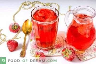 Külmutatud maasikast valmistatud kompott